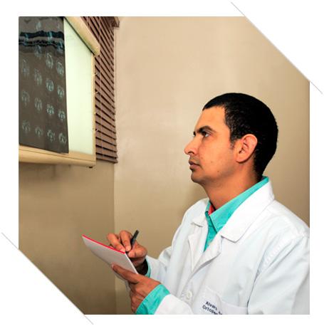 Dr_Alvaro_Ariza